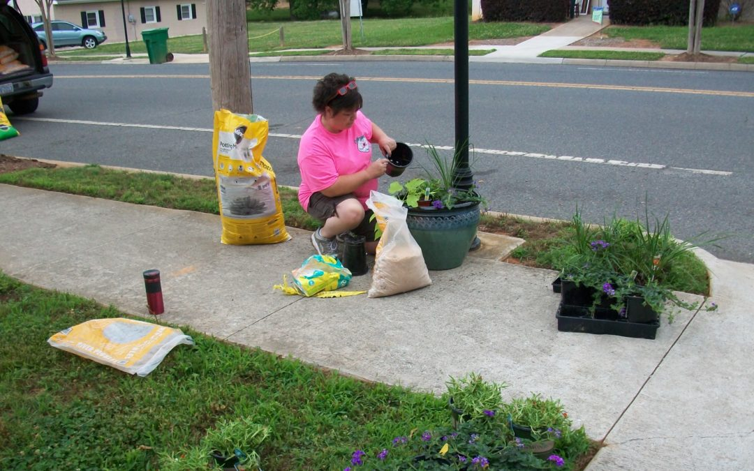 Keep Stanly Beautiful Grant for Town of Stanfield
